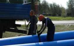 В северных регионах УрФО прокладывают трубы для водоснабжения и отопления
